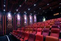 Fizyczna praca w Anglii sprzątanie kina bez znajomości języka Cambridge