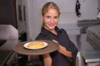 Dam prace w Anglii w gastronomii dla kelnerki w centrum zabaw Wetherby