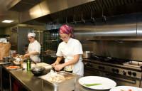Praca Anglia w restauracji pomoc kuchenna bez języka od zaraz Londyn