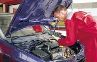 Dam pracę w Anglii dla Mechanika Samochodowego 2016 w Derby UK