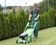 Dam fizyczną pracę w Anglii jako pomocnik ogrodnika, Birmingham