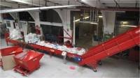 Dam fizyczną pracę w Anglii przy recyklingu-sortowanie surowców Milton Keynes