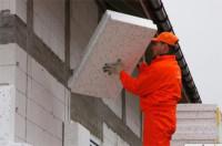 Pomocnik budowlany Anglia praca na budowie przy dociepleniach w Cambridge