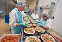 Dla par bez języka praca Anglia na produkcji pizzy mrożonej od zaraz, Manchester UK