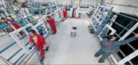 Amersham – Anglia praca przy produkcji okien w fabryce